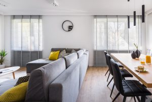 Solombra raamdecoratie aluminium jaloezieen appartement