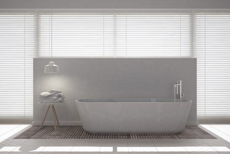 Solombra raamdecoratie aluminium jaloezieen badkamer