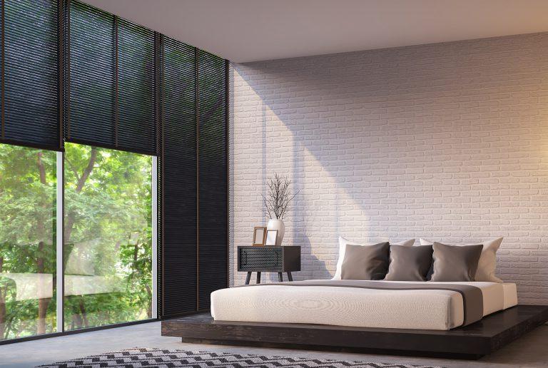 Solombra raamdecoratie aluminium jaloezieen slaapkamer