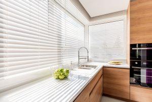 Solombra raamdecoratie aluminium jaloezieen wit