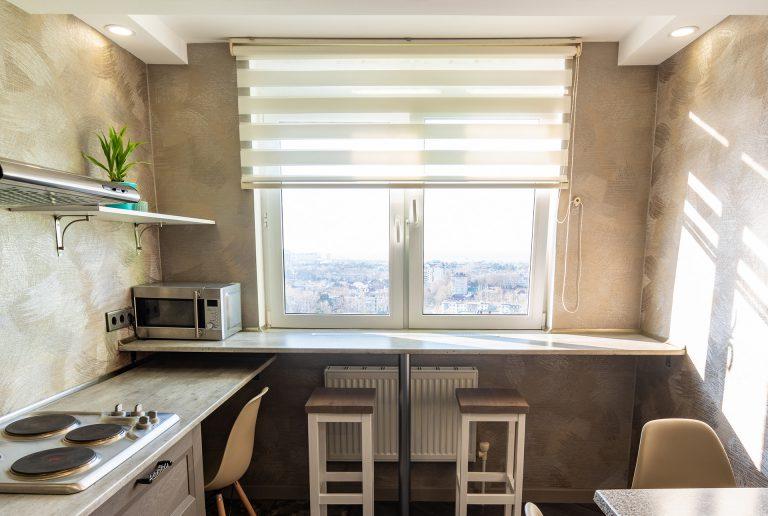 Solombra-raamdecoratie-duo-rolgordijn-keuken