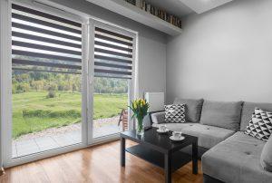 Solombra-raamdecoratie-duo-rolgordijnen-grijs