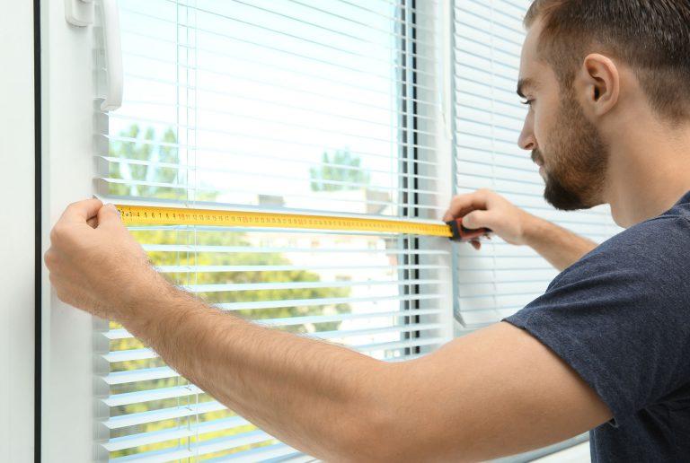 Solombra raamdecoratie gratis inmeten en ophangen