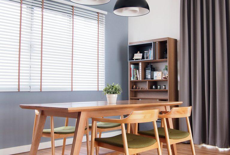 Solombra-raamdecoratie-houten-jaloezieen-retro
